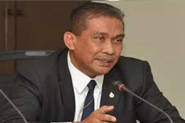 Penjawat awam berdepan tindakan, bagaimana dengan anggota kabinet?