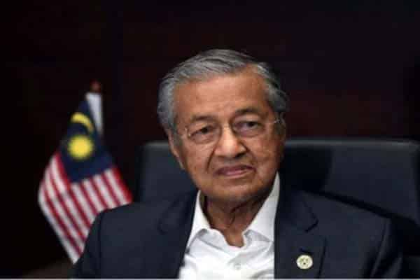 6 orang MP ada kes mahkamah akan dipertahan agar Muhyiddin tak tumbang – Mahathir