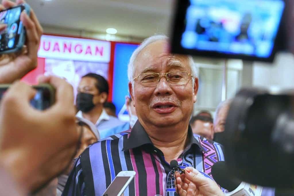 Gempar !!! Najib persoal tindakan jual bangunan GLC kepada Singapura