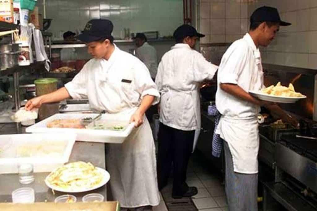 Tolonglah jangan lanjutkan PKPB, rayu pengusaha restoran berdepan risiko gulung tikar