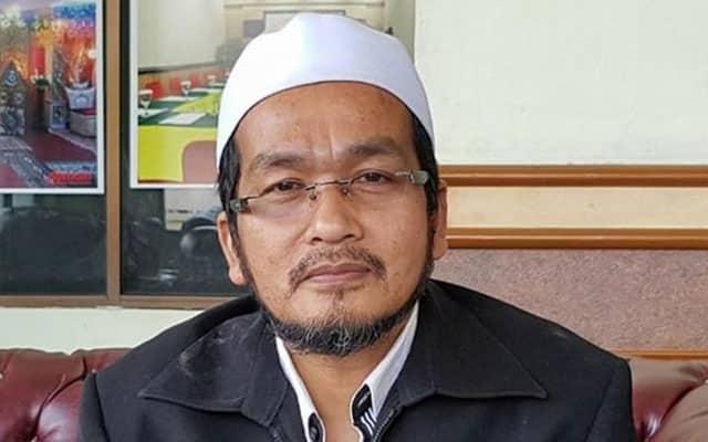 Mokhtar Senik tegur pemimpin Umno yang galak nak ber'mutaah' dengan Dap