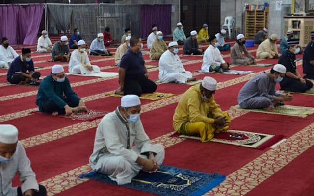 Hanya 5 orang jemaah sahaja dibenarkan di Masjid – PM