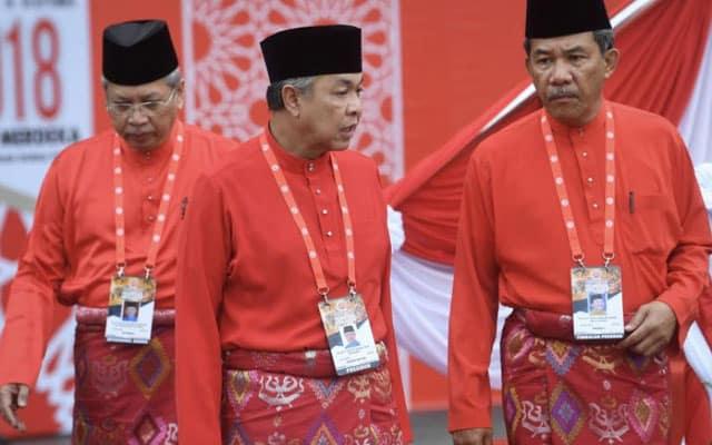Pilihan untuk Umno : Bersama kepimpinan totok pro Bersatu atau bakal ditalkinkan